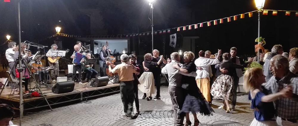 La Danza dell'Amore, serata con Uva Grisa